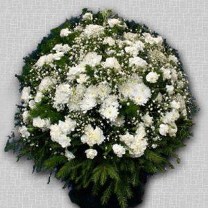 Корзина из живых цветов