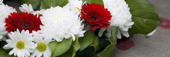 Венки. Интернет магазин ритуальных цветов в Санкт-Петербурге